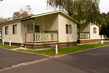 Pleasurelea Tourist Resort and Caravan Park - Accommodation Rockhampton