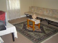 Coras Gypsum Cottage - Accommodation Rockhampton