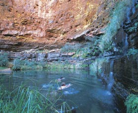 Dales Gorge and Circular Pool - Accommodation Rockhampton