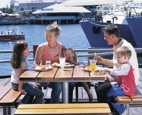 Fremantle Fishing Boat Harbour - Accommodation Rockhampton